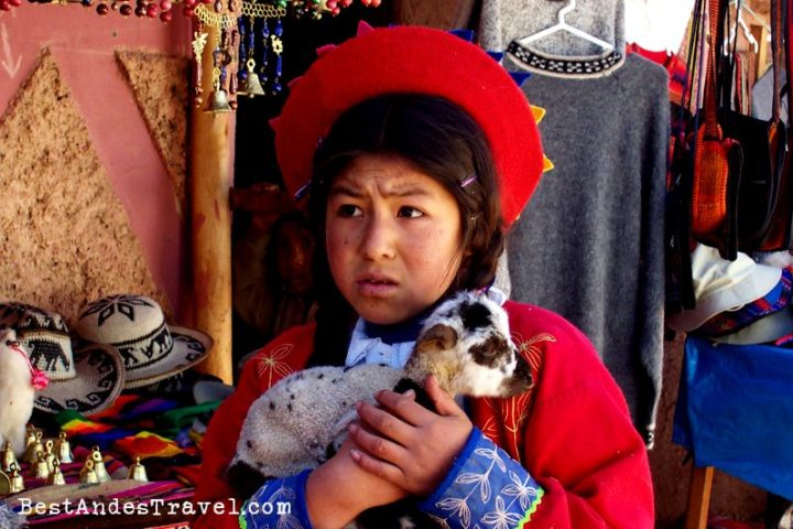 Girl in Pisaq Peru